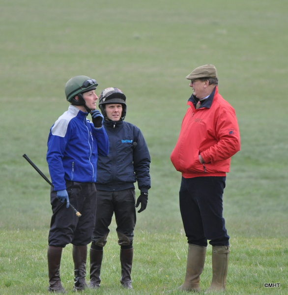 27_-_The_GUvnor_talking_to_Colin_Bolger_and_Mattie_Batchular